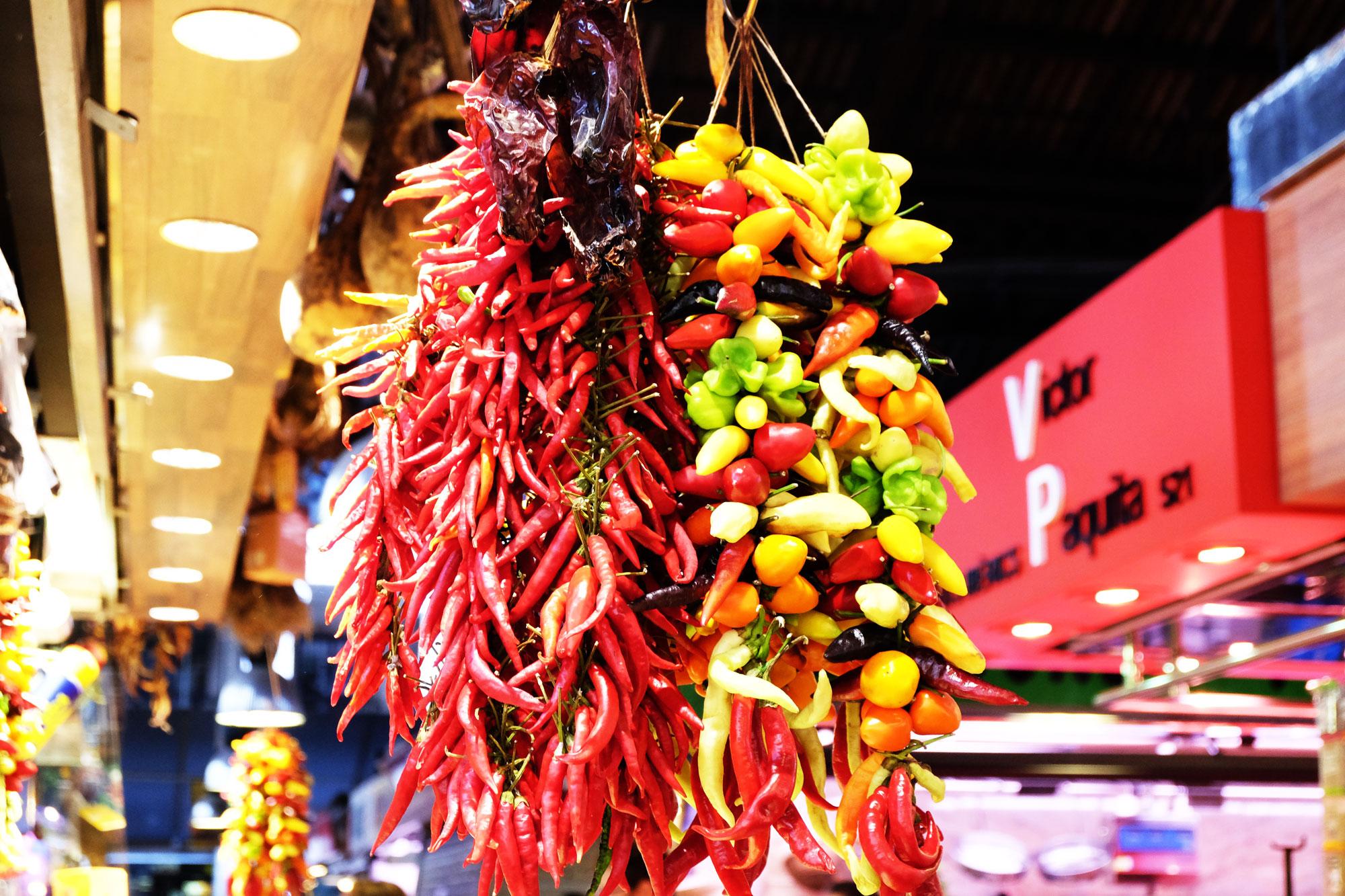 mercato-bouqueria-frutta