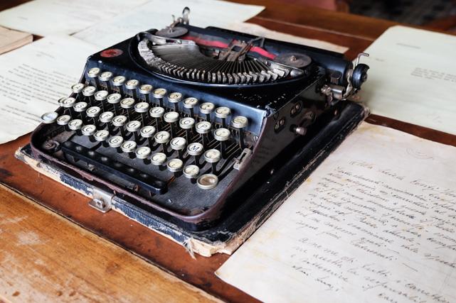 Saline conti Vecchi macchina da scrivere