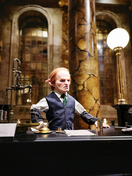 harry-potter-studios-banca-gringotts