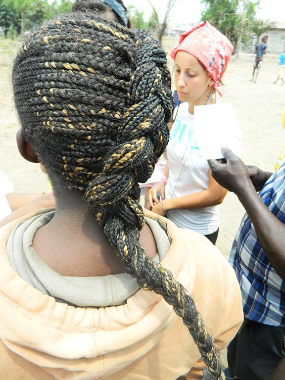 Congo capelli ragazza