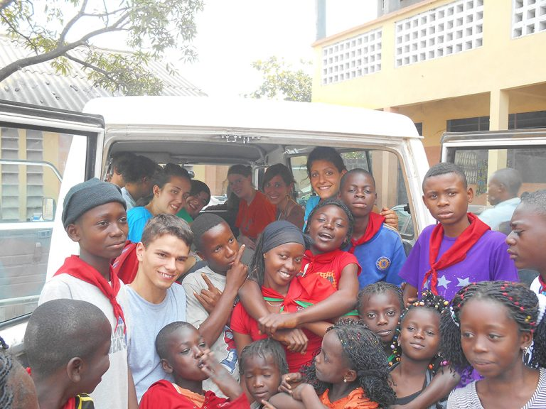 Congo jeep
