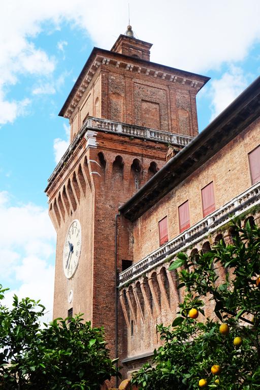 Castello Ferrara Loggia Aranci