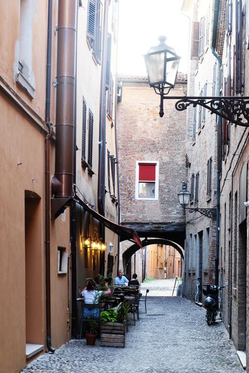 Ferrara vicoli
