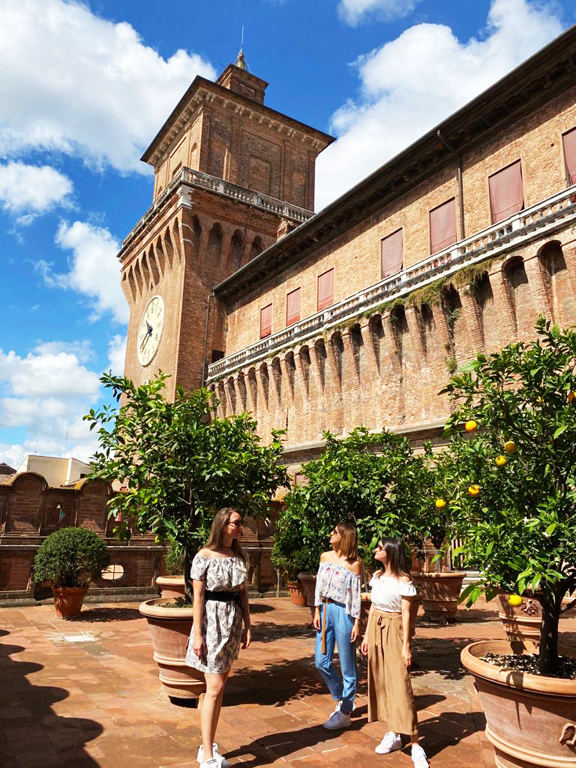 Loggia degli Aranci Castello Estense