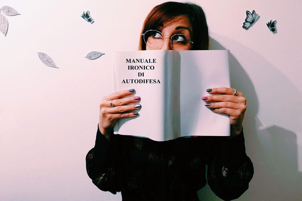 manuale ironico autodifesa