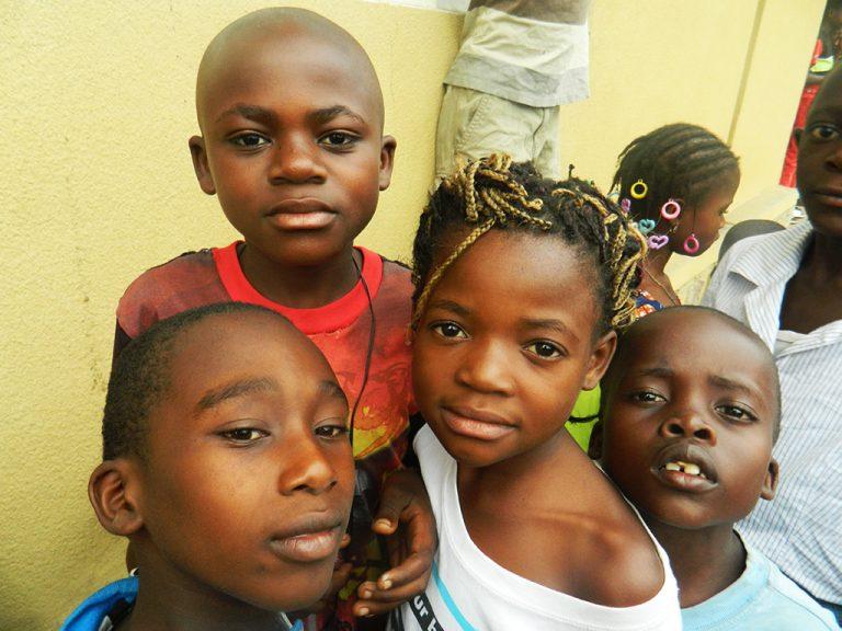 Bambini viaggio Congo