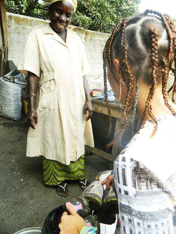 Congo regalo scarpe
